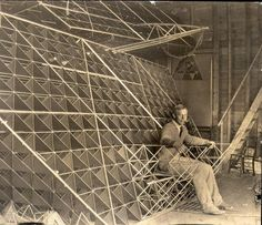 """Alexander Graham Bell's Tetrahedral Obsession. Tomas Saraceno refers him to his project """"Solar Bell"""" but must mention too the venezuelan artist Alejandro Otero, who placed """"Delta Solar"""" in 1977"""