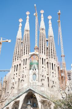 La Sagrada Familia Spain -- truly an unbelievable sight! Both sides are amazing & still not finished building after years.like since Anticipated completion date is 100 years since architect Gaudi's death. Barcelona Tours, Visit Barcelona, Barcelona Travel, Places In Europe, Oh The Places You'll Go, Places To Travel, Europe Travel Tips, Spain Travel, Backpack Through Europe