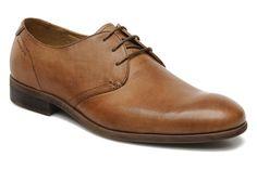 HUSTLE 3563-101 Vagabond (Marron) : livraison gratuite de vos Chaussures à lacets HUSTLE 3563-101 Vagabond chez Sarenza Men Dress, Dress Shoes, Hustle, Derby, Fashion Shoes, Oxford Shoes, Formal Shoes, Classic, Oxford Shoe