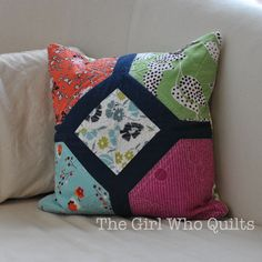 Free pattern on the Camelot Fabrics site!