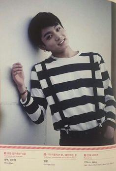 Kookie looks so cute ^^
