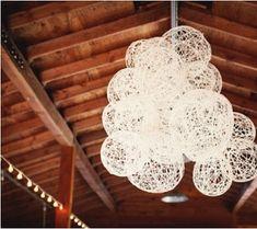 décoration mariage, pompon lampion plafond