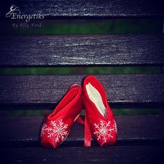 Christmas Dance, Ford, Heels, Fashion, Heel, Moda, Fashion Styles, High Heel, Fashion Illustrations