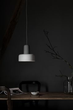Lighter, brighter and more popular than ever, stoneware continues to be a favourite material for quality lighting. In the hands of designers NoiDoi, the material is used to focus and direct light, making it a natural choice for a pendant lamp. The design is comprised of two parts, each one expertly pressed, cut and glazed …