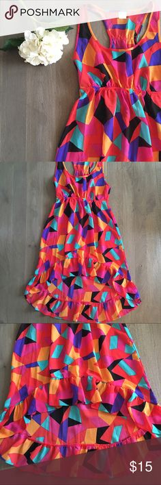 High/low cover up Excellent condition and such fun colors, high low with riffle along bottom, racer back, 100% polyester Xhilaration Swim Coverups