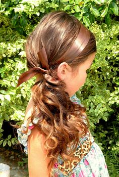 here is the side view of the side pony, using the lemonhead headband. remember any other headband will slide off. or a piece of ribbon. it has to be a lemonhead band.