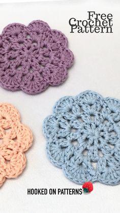 A quick and easy FREE crochet pattern to make mandala style coasters Crochet Mandala Pattern, Crochet Blanket Patterns, Crochet Coaster Pattern Free, Crochet Flower Patterns, Crochet Gifts, Diy Crochet, Crochet Geek, Thread Crochet, Easy Crochet Projects