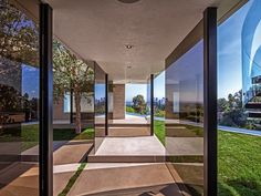 Modern mansion in Beverly Hills by Metropole Architects | Archifan Blog