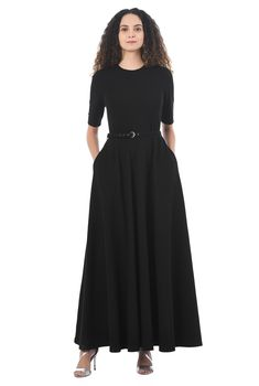 Buy womens dresses online from eShakti. Browse the latest fashion trends. Find the perfect dress - for work, play or everyday -