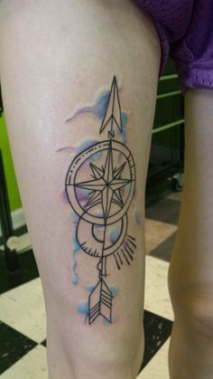 Watercolor compass arrow