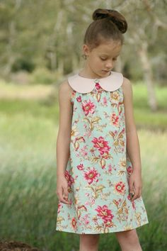 Items similar to Sweet Pea Dress - girls' A line dress with peter pan collar - PDF pattern on Etsy Sewing Clothes Women, Clothes For Women, Doll Clothes, Little Dresses, Girls Dresses, Summer Dresses, Clothing Patterns, Dress Patterns, Moda Kids