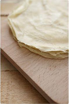Il est si facile de faire ses feuilles de brick maison. J'ai cherché sur Internet une recette et je suis tombée sur celle-là.  Verdict : la préparatio
