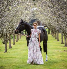 Myer Ambassador Georgia Connolly Channels femininity, elegance and intelligence for spring racing style 2017