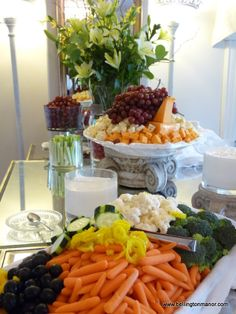 Crudites and Cheese Tower.  bellingtonmanor.com