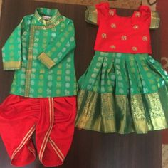 Pure Kanchi patu langa and kurta for 9 month twins Kids Dress Wear, Dresses Kids Girl, Baby Dresses, Children Dress, Family Outfits, Kids Outfits, Mom Daughter Matching Dresses, Kids Wear Boys, Baby Boy Dress