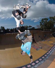 Hold on a sec? Skate Photos, Skateboard Pictures, Skate Ramp, Skate Surf, Skate Extreme, Skater Guys, Old School Skateboards, Skate And Destroy, Tony Hawk