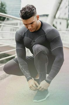 S sport wears men's sport wears sport wear, gym men et Fitness Man, Sport Fitness, Sport Fashion, Fitness Fashion, Mens Fashion, Gym Fashion, Fashion Outfits, Fashion Shoes, Outfits Hombre