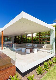 MASTHEAD HOUSE   Chris Clout Design
