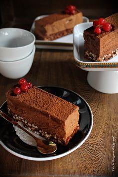 Chic & Gorgeous Treats: Dark Chocolate Mousse & Hazelnut Rice Krispy Cake
