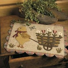 Primitive Quilts and Projects Magazine - Very Sweet - Designer Stacy West Wool Applique Quilts, Wool Applique Patterns, Wool Quilts, Felt Patterns, Mini Quilts, Print Patterns, Wool Mats, Penny Rug Patterns, Felt Gifts