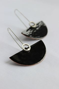 Deco earrings Sterling silver and copper with black enamel, dangle earrings in black color, semicircular shape, cocktail earrings