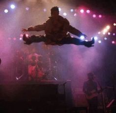 Prince airborne ●wondering what his hang time was●