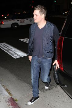 Michael Buble Photos: Michael Buble & Fiance Buying Booze In West Hollywood