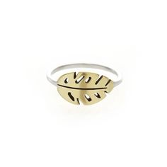 A thin rounded sterling silver band, with a centered brass delicious monster leaf design. Please check our info page for more details on ring sizes. Leaf Ring, Leaf Design, Jewerly, Silver Rings, Bling, Brass, Sterling Silver, Detail, Stuff To Buy