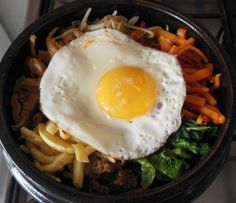Bibimbap (e dolsot bibimbap): o prato mais polular da Coreia