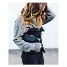 @styledbynoir has us wishing for winter weather with this look, featuring our Adele Pod.// #olgaberg #olgabergclutches #instagram