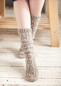 tricoter des chaussettes à torsades