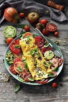 Dorian cuisine.com Mais pourquoi est-ce que je vous raconte ça... : Jamie Oliver en 5 ingrédients... The Boss is back! Et ma p'tite omelette mozza et tomates... en forme d'hommage...
