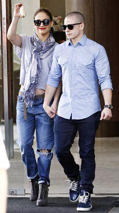 Jennifer Lopez and beau Casper Smart waved to fans in Perth, Australia on Dec. 6 2012