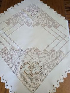 Crochet Art, Filet Crochet, Crochet Tablecloth, Crochet Designs, Diy And Crafts, Projects To Try, Textiles, Antiques, Decoration