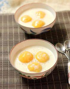 Sweet Potato Sweet Soup Recipe (Chè Khoai Lang). More details at www.vietnamesefood.com.vn/vietnamese-recipes/vietnamese-dessert-recipes/sweet-potato-sweet-soup-recipe-che-khoai-lang.html