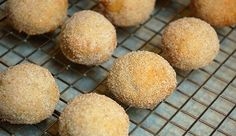Culinary Cara: Great Mexican Dessert for any Fiesta: Polvorones! Mexican Dishes, Mexican Food Recipes, Cookie Recipes, Dessert Recipes, Yummy Recipes, Soft Sugar Cookie Recipe, Soft Sugar Cookies, Cinnamon Cookies, Mexican Cookies