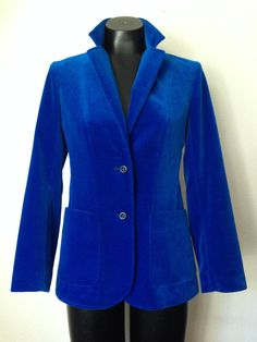Just listed in my Etsy shop!!!  Check it out @Etsy @vintageeclectica #vintage #falljackets #oneofakind #shopetsy #velvet #designers #highfashion Beautiful Vibrant Blue Classy High Fashion Vintage Velvet 70s Jacket In Perfect Condition by VintageEclectica on Etsy
