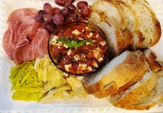 Italian Appetizers, Yummy Appetizers, Authentic Italian Pizza, Classic Salad, Bread Alternatives, Stewed Tomatoes, Base Foods, Antipasto