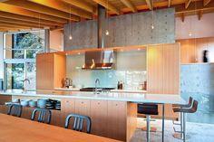 Gambier Island Retriet / Battersby Howat Architects