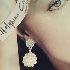 Earrings pearls and svarowski www.facebook.com/HolghinaCreazioni