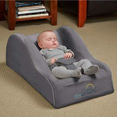 hiccapop Day Dreamer Sleeper Baby Lounger Seat for Infants – Travel Bed – Bassinet Alternative, Charcoal Gray - Baby Feeding Homepage Baby Nursery Neutral, Neutral Bedding, Baby Arrival, Traveling With Baby, Baby Furniture, Children Furniture, Luxury Furniture, Modern Furniture, Baby Room Decor