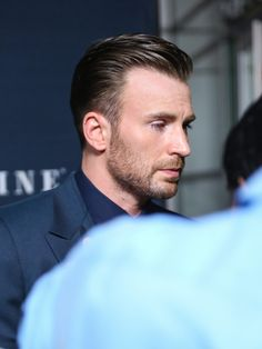 Chris Evans Photos - 'Before We Go' Hollywood Premiere - Zimbio