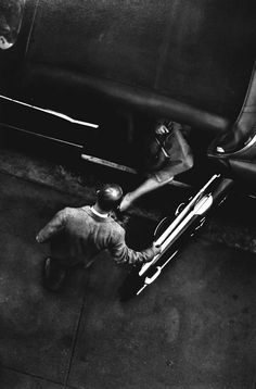 New York 1950s W. Eugene Smith | bird perspective | taxi | arrival | NYC | working | city | gentleman