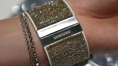 This summer, Samsung and Swarovski formalized an agreement to collaborate on producing special edition accessories for the Korean company's devices. It started with the Galaxy S5 and Gear Fit and,...