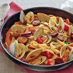 Delicious recipe for Portuguese Pasta with Clams and Chouriço