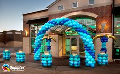 This #Tropical #Blue arch was created by Cam Woody, CBA for #Qualatex balloon. Perfect for all your #summer parties from under-the-sea, luau to corporate events!