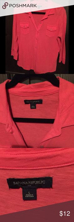 Banana Republic Cotton Casual Cool Orange Shirt Cool casual top. Cotton. Sized as large and fits true to size. V neck button down is faltering on everyone. Very gently worn. No rips or stains. So cute with jeans and gold jewelry.  Price to sell. Banana Republic Tops Button Down Shirts