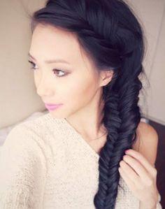 Messy Fishtail Side Braid: Hair Tutorial   Le Sassafras
