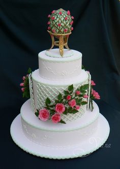 couture wedding cakes | Rose Trellis Wedding Cake - Delicious Designer Cakes