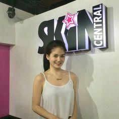 Filipina Girls, Beautiful Actresses, Hair Beauty, Teen, Asian, Smile, Wallpaper, Celebrities, Model